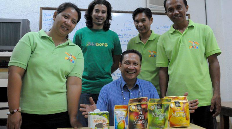 Preda na Filipínách pomocí fair trade manga financuje programy na pomoc sexuálně zneužitým dětem. Foto Vojtěch Vlk.
